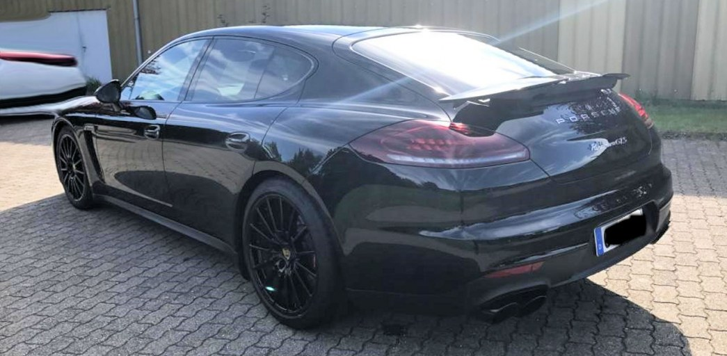 Porsche Panamera GTS Allrad Autom Navi AHK SD  AutoLeasing